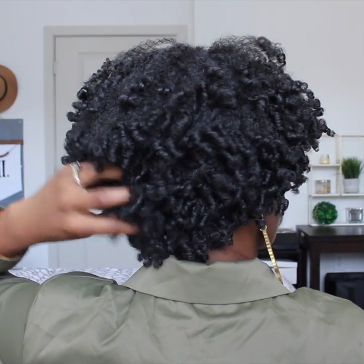 SHORT CURLY KINKY WIGS FOR FLUFFY WAVY BLACK