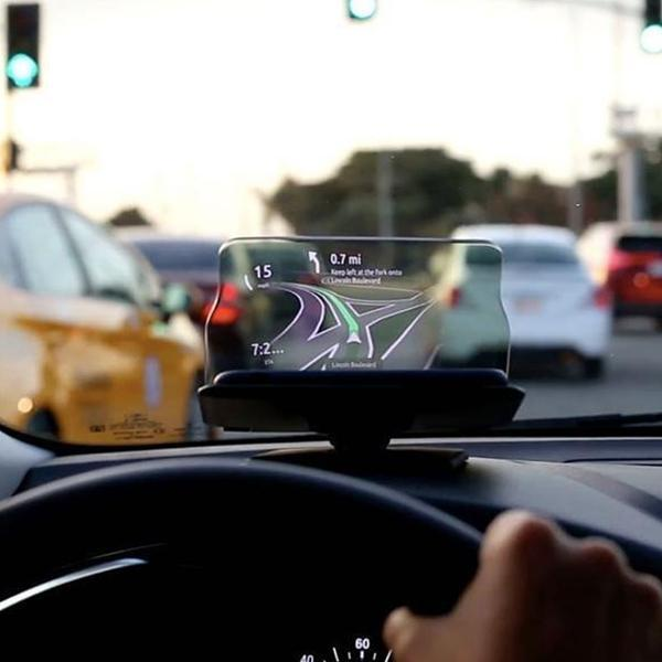 Universal Wireless Charger HUD
