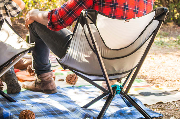 GO CHAIR:The Bottle Sized Portable Chair