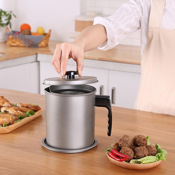 Bacon Grease Container with Fine Mesh Strainer