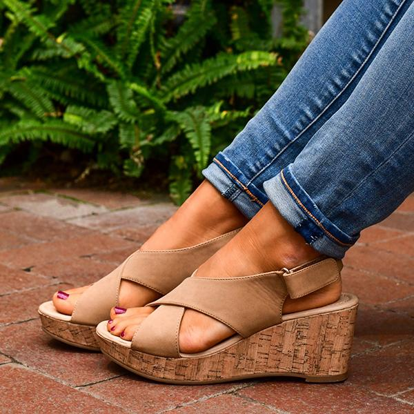 zoeyootd Comfy Crisscross Wedge Sandals