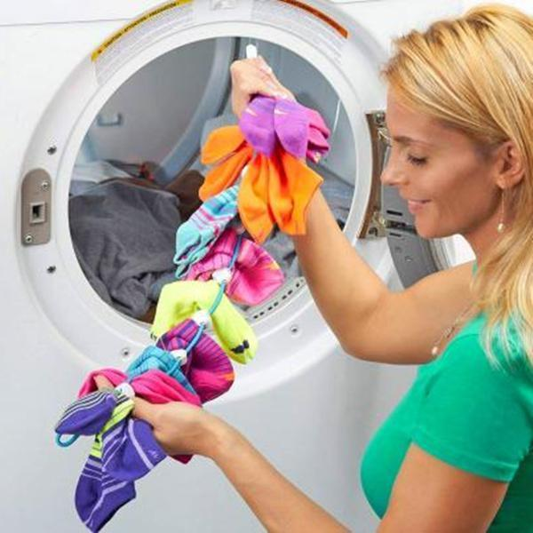 Sock Organizer Prevents Socks From Getting Lost In The Wash