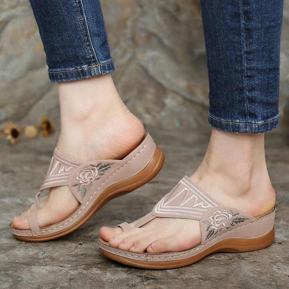 【Flash Sale💝 50% OFF⭐ Factory Outlet】EMBROIDERY COMFY WEDGES SANDALS