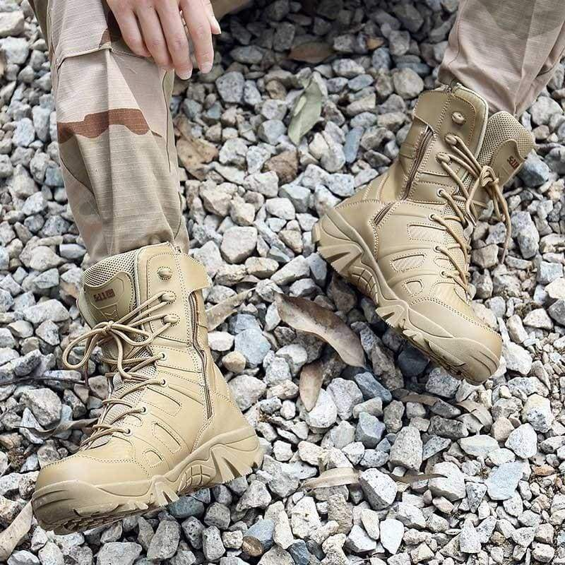 Army Commando and Desert Winter Outdoor Hiking Boots Boots Landing Tactical Military Shoes (39-47 yards)