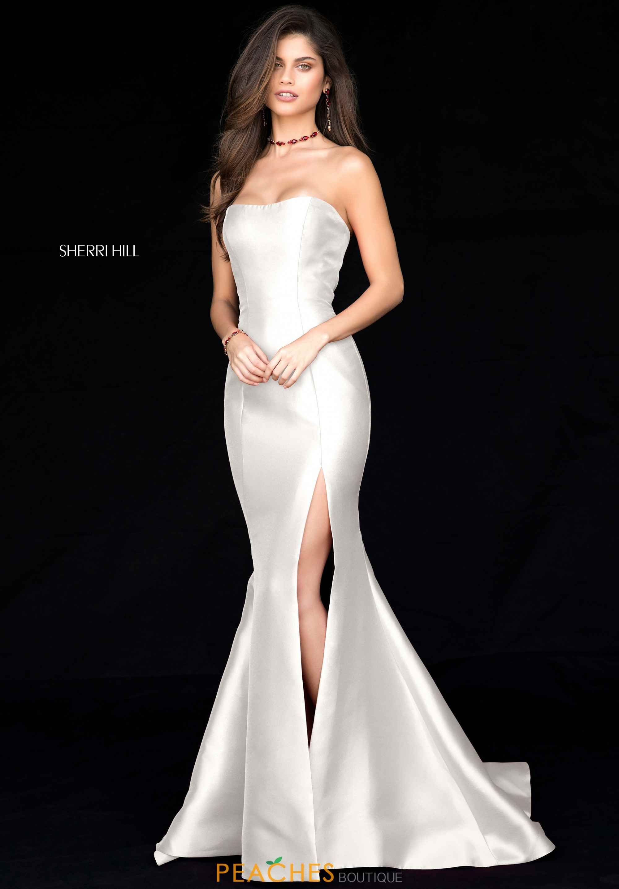 Fashion And Beautiful Bridesmaid Dresses With Sleeves For Girl