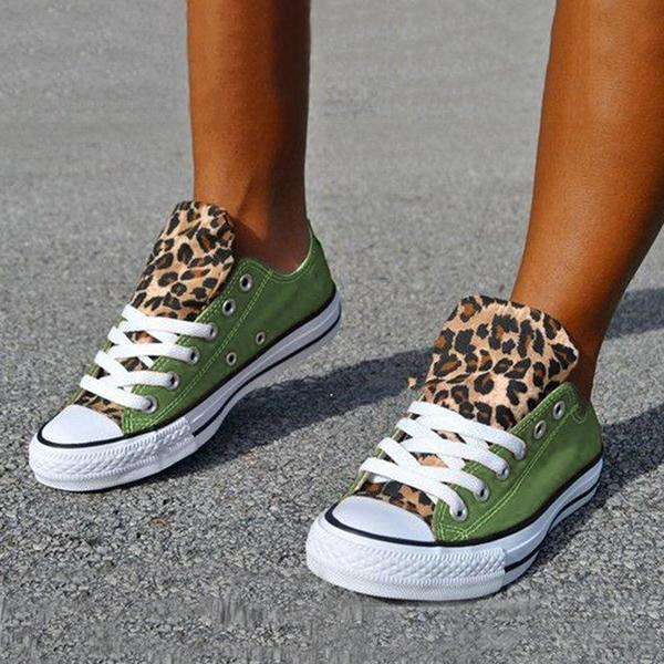 Faddishshoes Lace-Up Canvas Leopard Flat Heel Casual Sneakers
