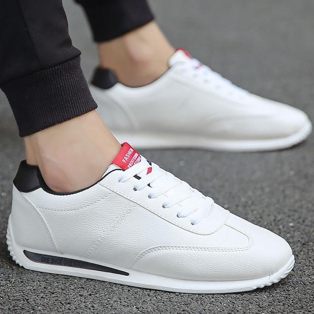 2020 New Casual damping Leather Sneakers