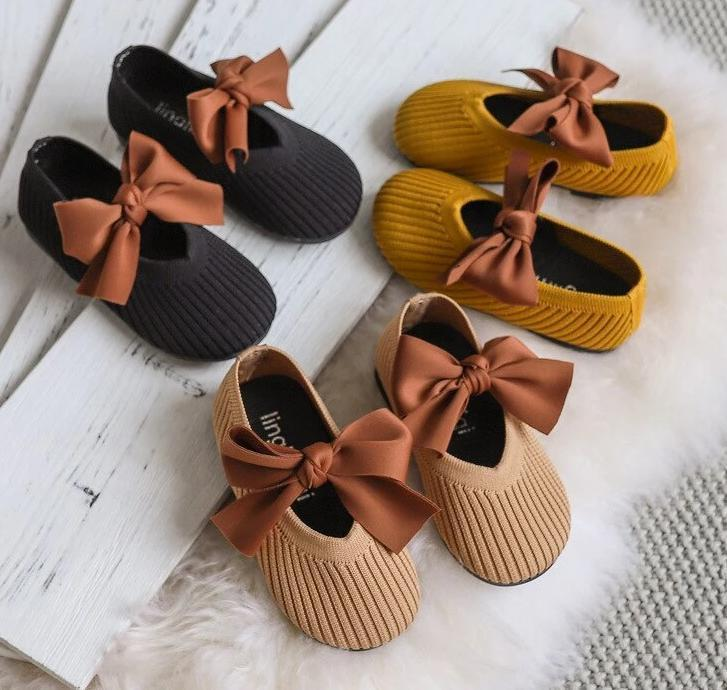 Knit & Bow shoes (Sizes 21-26)