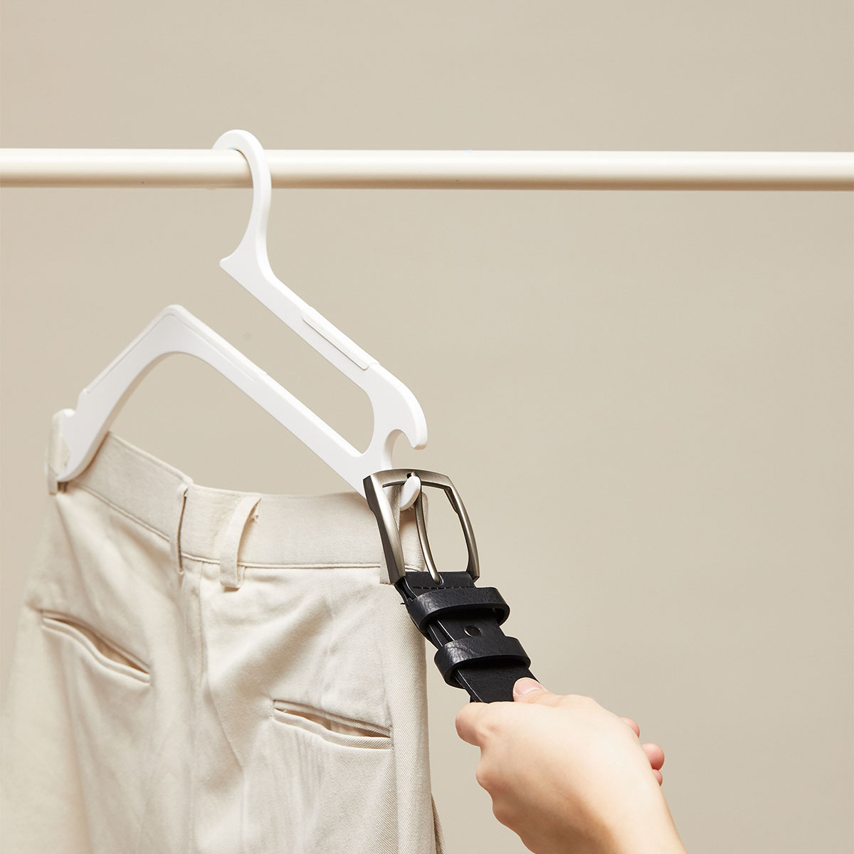 Creative OS Hanger Does Not Hurt The Neckline