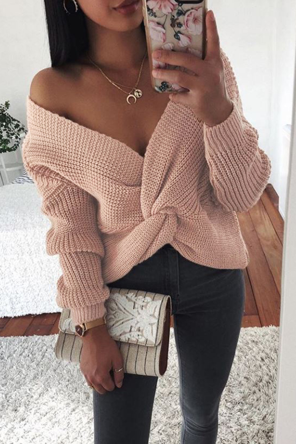 V-neck Knotted Long-sleeved Sweater
