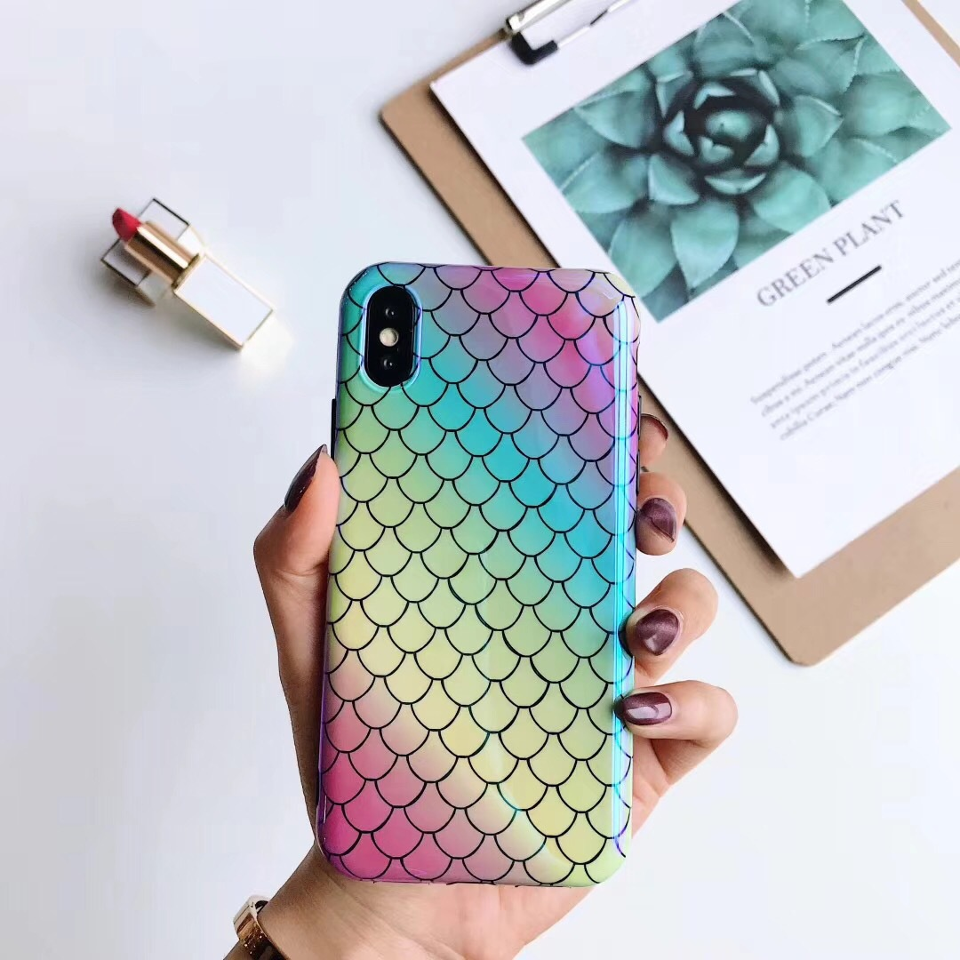 3D art fish scale personality phone case1