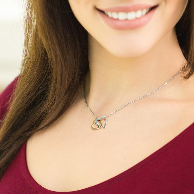 Fashion Heart Necklace (symbol of never-ending love)