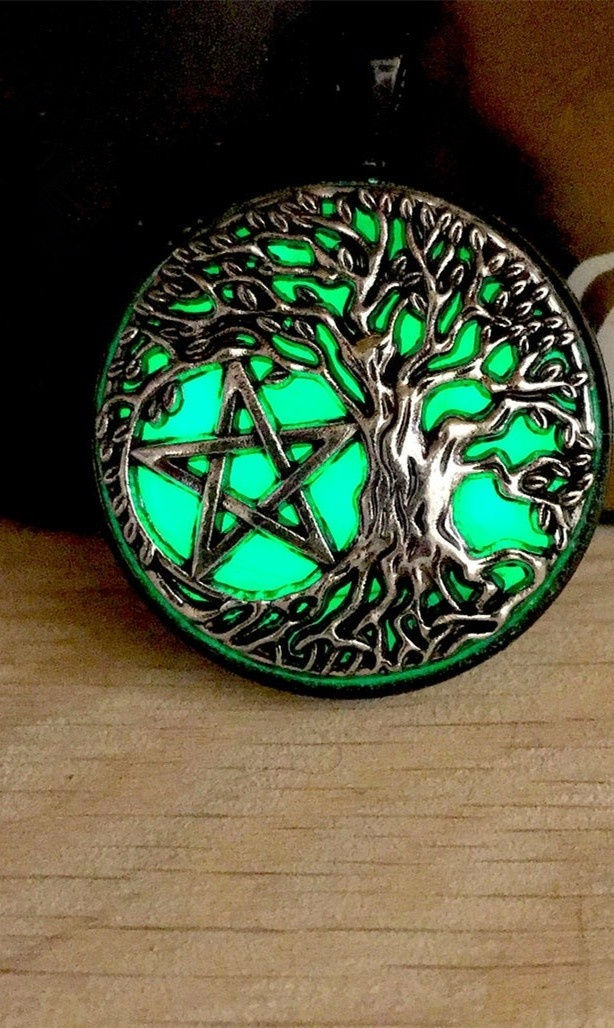 Glowing Tree of Life Pentacle Pendant Necklace Glow In The Dark Necklace Wiccan Pentacle Star Circle Pentagram Necklace