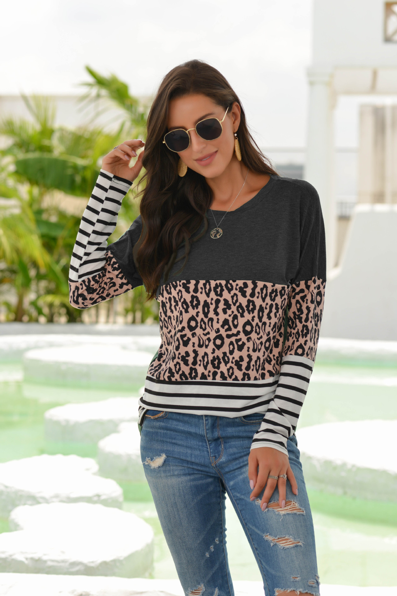 2020 women's autumn new long-sleeved leopard print stitching T-shirt