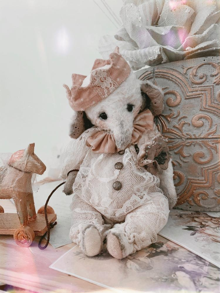 Teddy Elephant Michelle and little pony