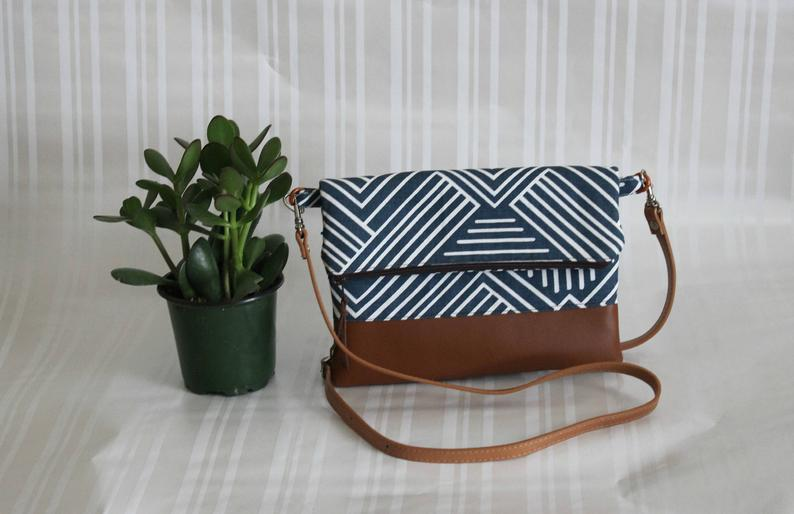 Foldover Crossbody Bag, Simple CrossBody Bag, JULIA CrossBody Purse, Everyday Purse, Hobo Handbag,Navy Crossbody Bag, Boho Bag, Gifts for 50        Update your settings