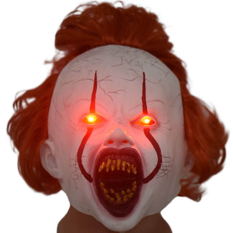 IT Movie Pennywise Lighting Gagtooth Adult Mask