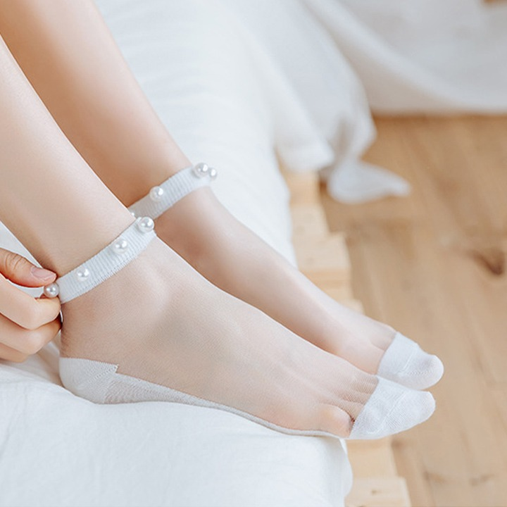 (New Year Promotion- SAVE 50% OFF) Crystal Tulle Pearl Socks