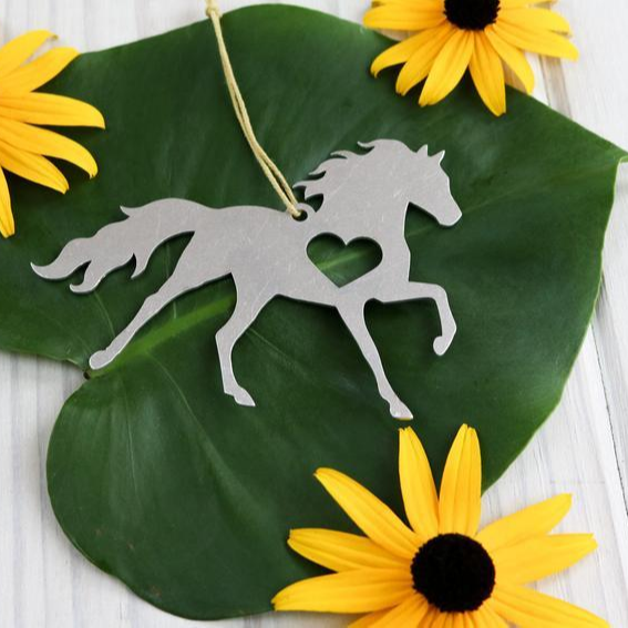 Horse Pony Metal Animal Ornament Custom Gift for Her Gift for Him Personalized Wedding Favor Equestrian Garden Decor Rustic Farm