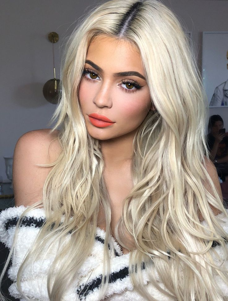2020 Fashion Blonde Wigs For White Women Champagne Blonde Blonde Ombre Braids Different Shades Of Blonde Hair Bronde Hair 2018 613 Deep Wave Lace Frontal Wigs