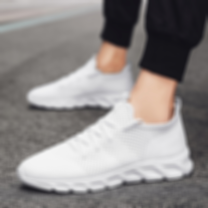 Summer Men's Casual Shoes Light Sneaker White Large Size Outdoor Breathable Mesh Fashion Sports Black Popular Style Running Shoes