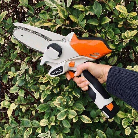 Limited Quantities - GTA 26 Battery-Powered Manual Wood Cutter