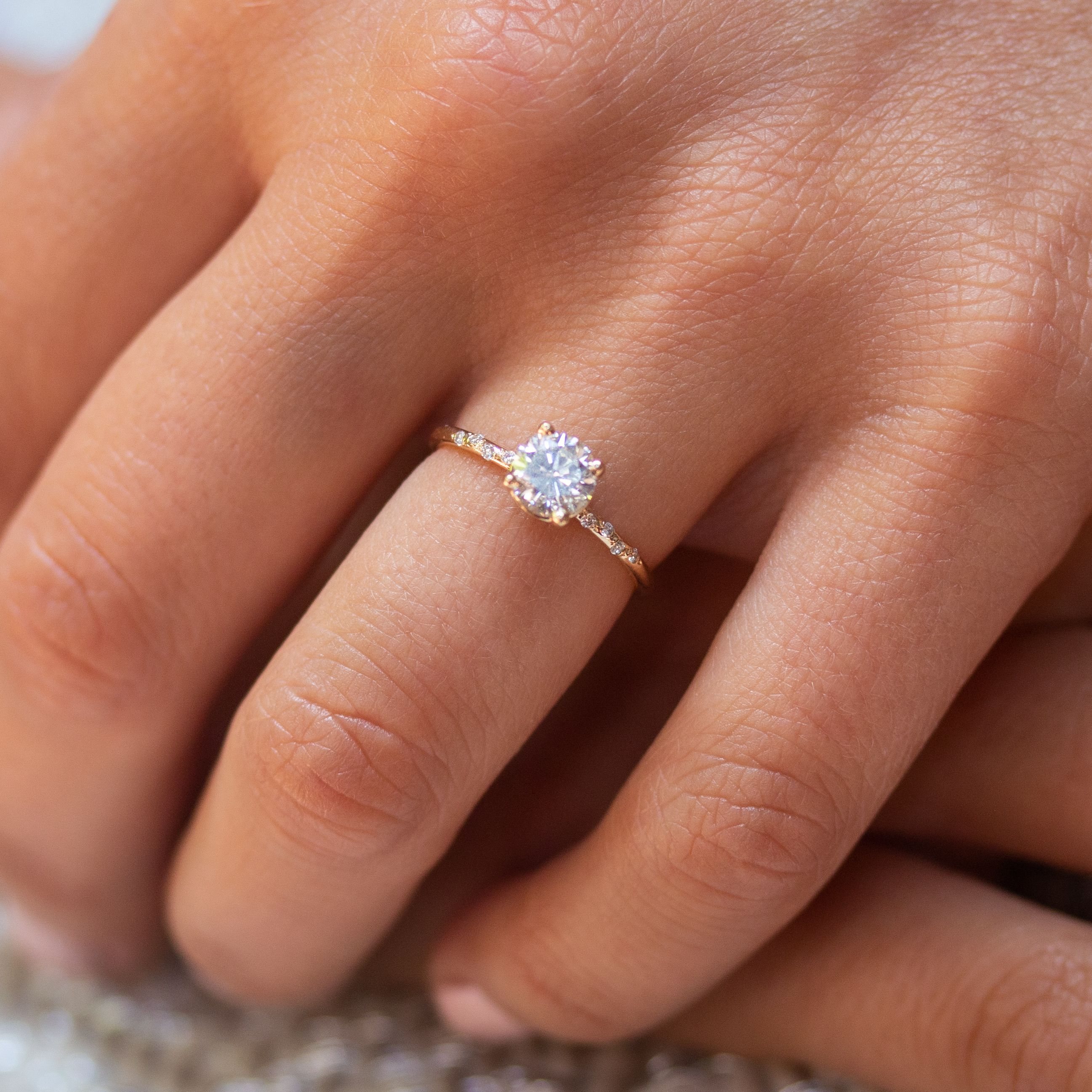 2020 New Rings For Women Street Style Jewelry Thin Engagement Ring Ring Mounting Lab Created Diamond Rings Cheap