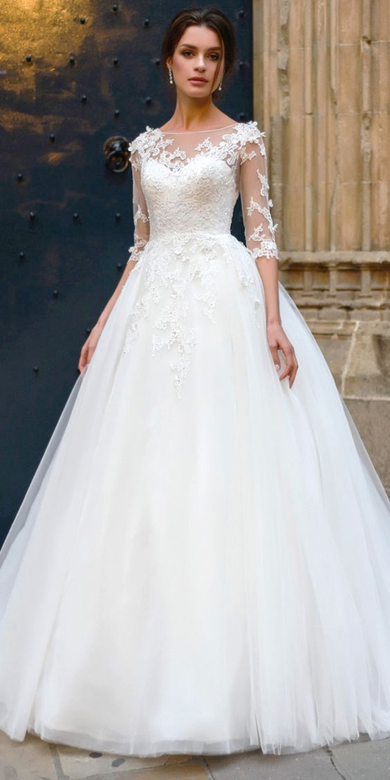 Fashion And Beautiful Beach Style Wedding Dresses For Girl