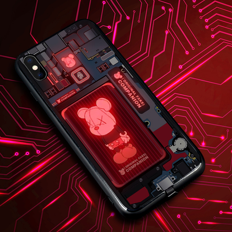 Incoming call flashing and voice-activated luminescence mobile phone case