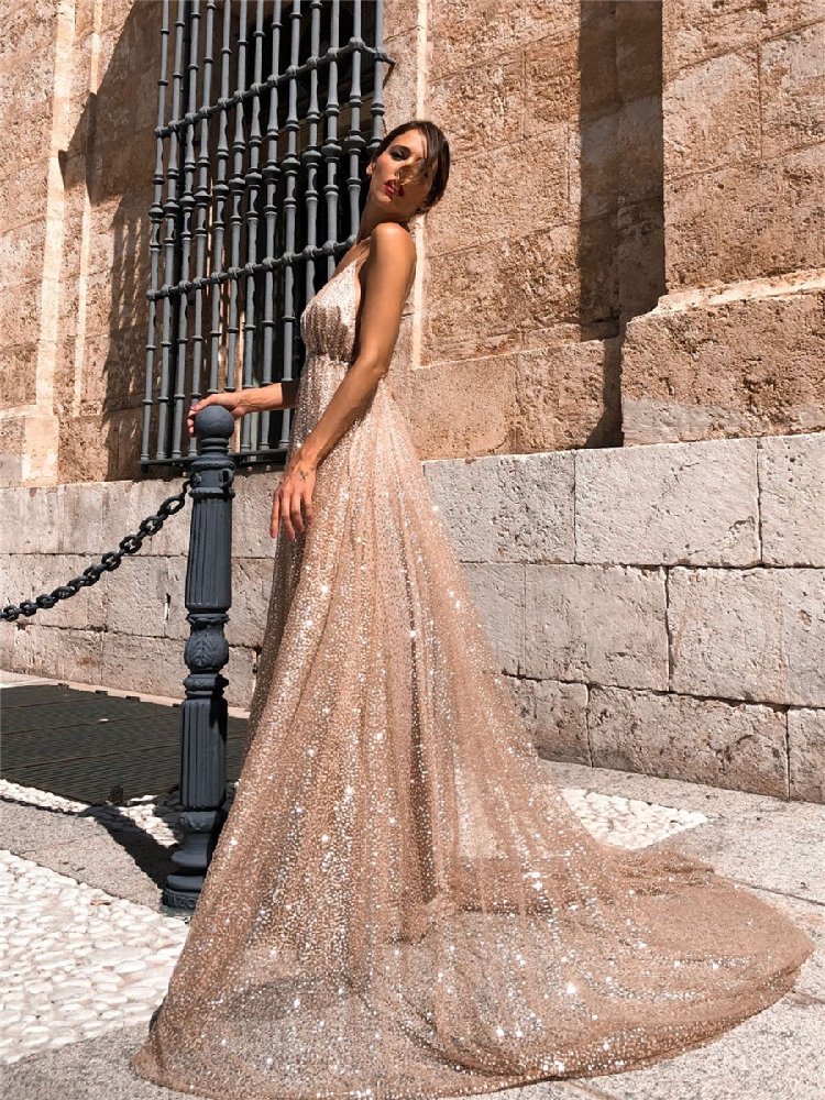 Gold Sequined Sexy Plus Size Prom Dresses 2020 Spaghetti Straps Backless Formal Holidays Graduation Wear Party Gowns Custom Made