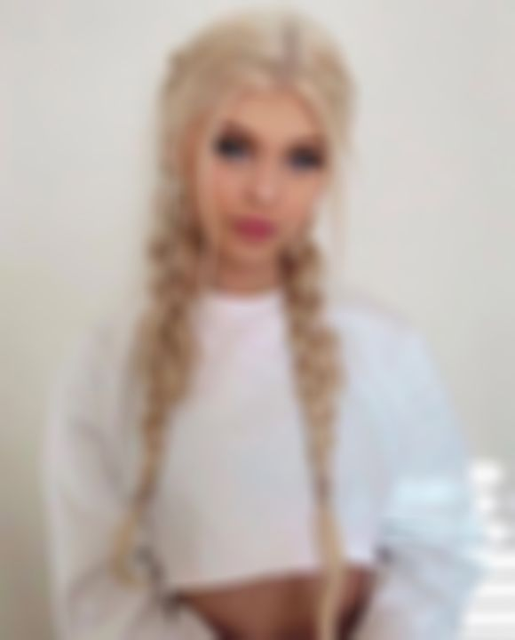 2020 Fashion Blonde Wigs For White Women Brown To Blonde Ombre Lace Front Wig Ash Blonde On Dark Hair Full Lace Human Hair Wigs With Baby Hair Blonde Strawberry Honey Hair Color Dark Blonde To Light Blonde Ombre Lace Frontal Wigs