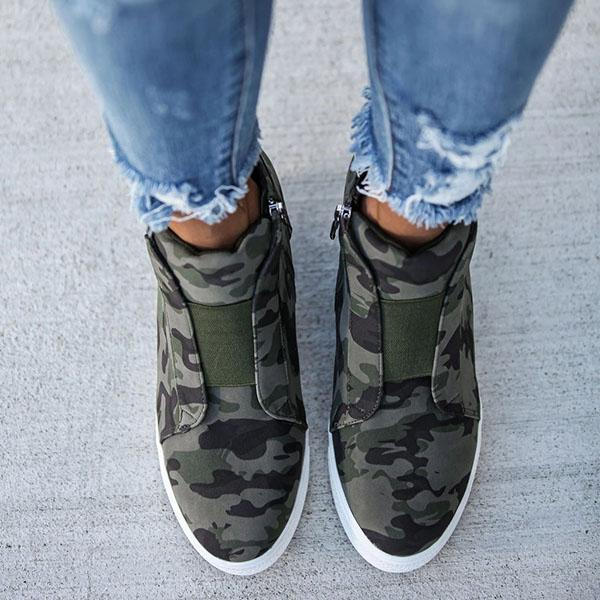 Lemmikshoes Extra Mile Wedge Sneakers