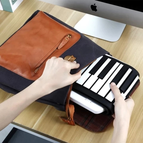 Arosetop  Portable Electronic Roll Up Piano Keyboard