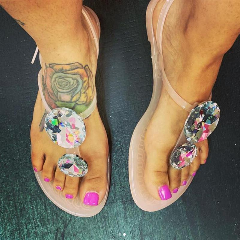 Women's crystal T-strap jelly sandals with buckle