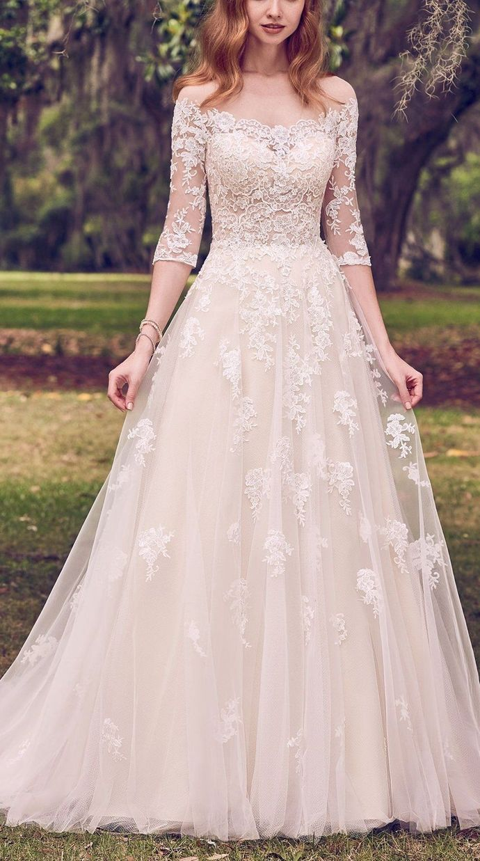Fashion And Beautiful Bridal Boutique For Girl