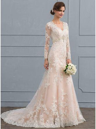 Fashion And Beautiful Beach Wedding Dresses For Girl