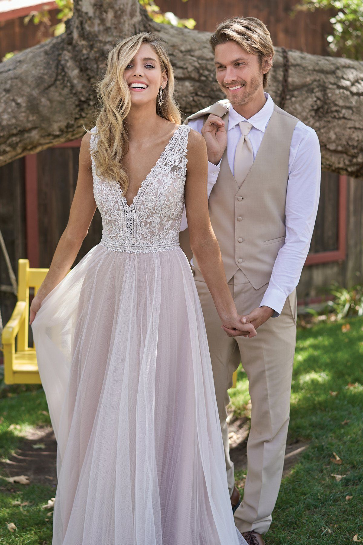 2020 Best Wedding Dress New Dress Semi Formal Outfits For Ladies Long Sleeve Lace Bridal Gowns