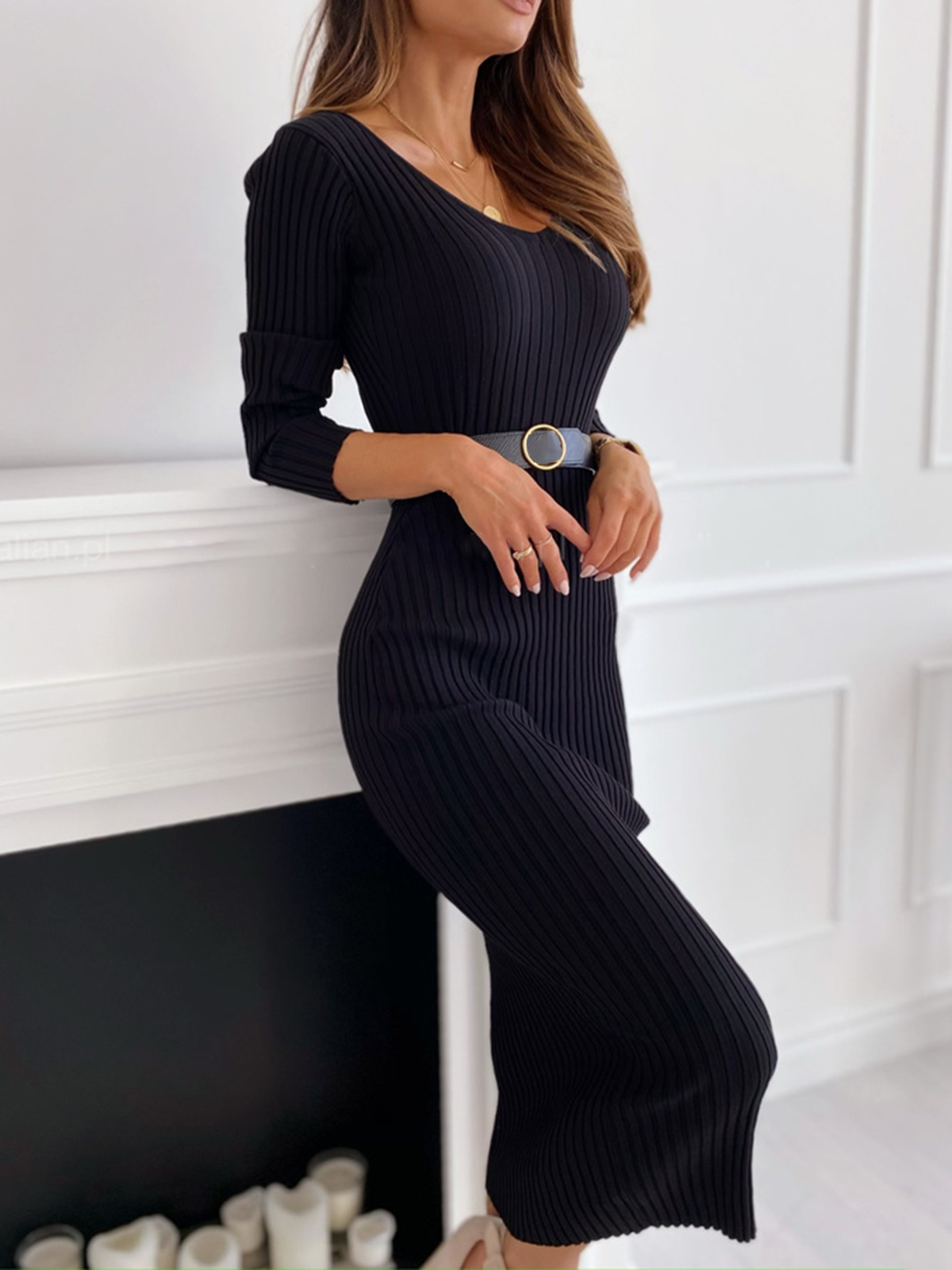 Women's long sleeve v-neck sexy tight sweater dress