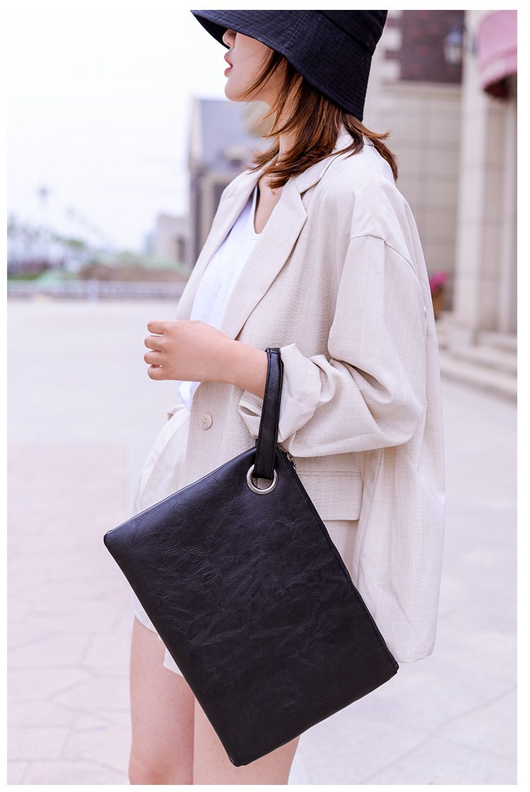 Flat Clutch with Tabs
