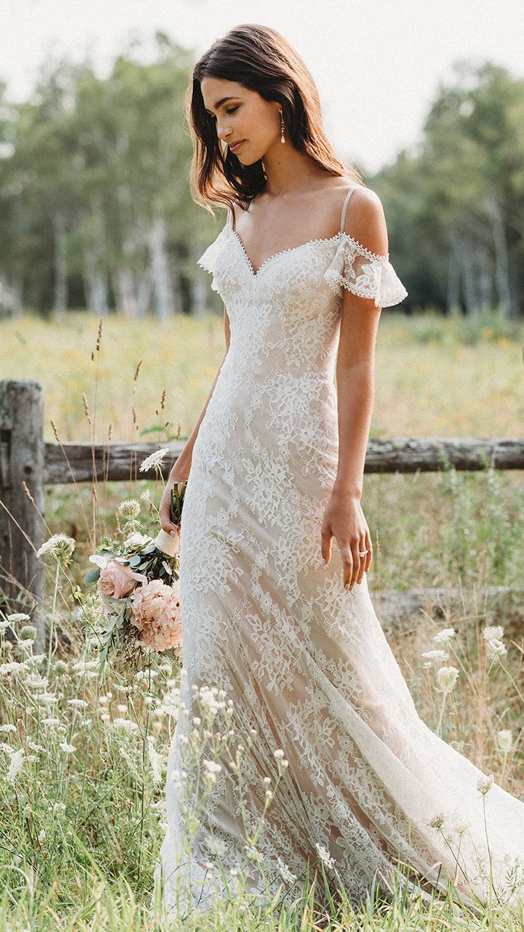 Romantic Lace Gowns Bridal Frocks Priyanka Chopra Gown Off The Shoulder Dress For Wedding Guest Funky Mother Of The Bride Outfits Wedding Dress Cost Free Shipping