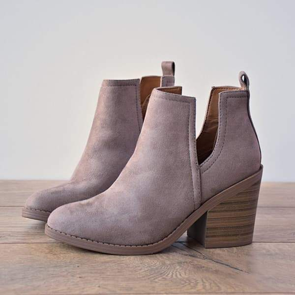 Twinklemoda Ankle Pointed Chunky Boots