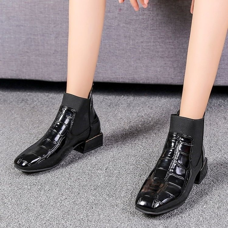 Autumn Winter Women Fashion Ankle Boots Low Heels Squared Toe Ladies Black Shorts Boots Casual Shoes