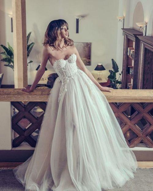 Fashion And Beautiful Bridal Separates For Girl