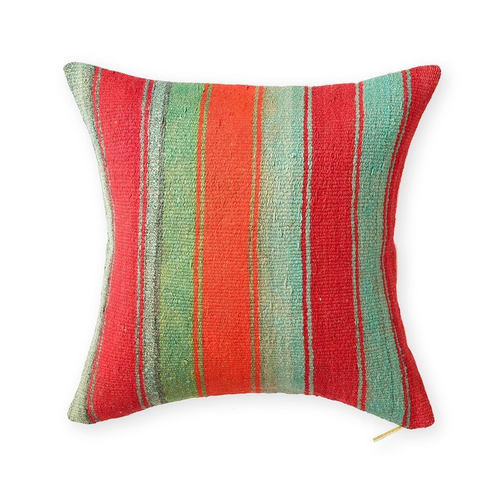 Frazada XII - Throw Pillow