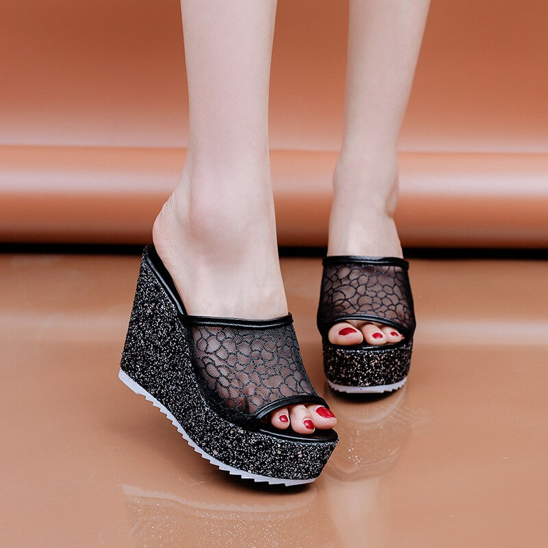 Shiny comfortable casual sandals
