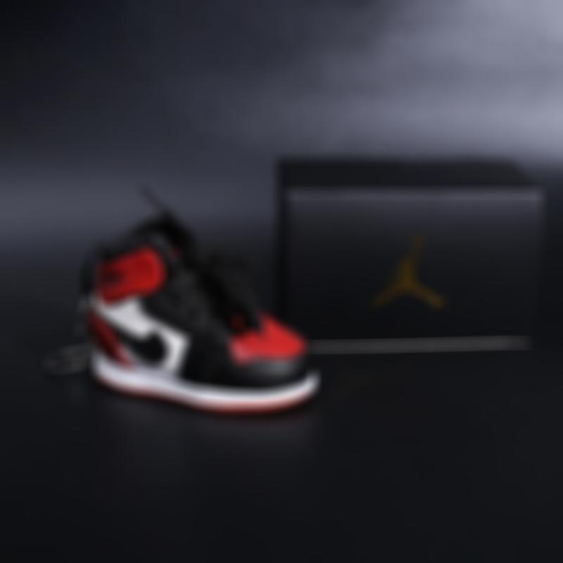 🎅Christmas Sale 49% OFF🎅AJ 3D Sneaker Pendant With Power Bank (Buy 2 Free Shipping)