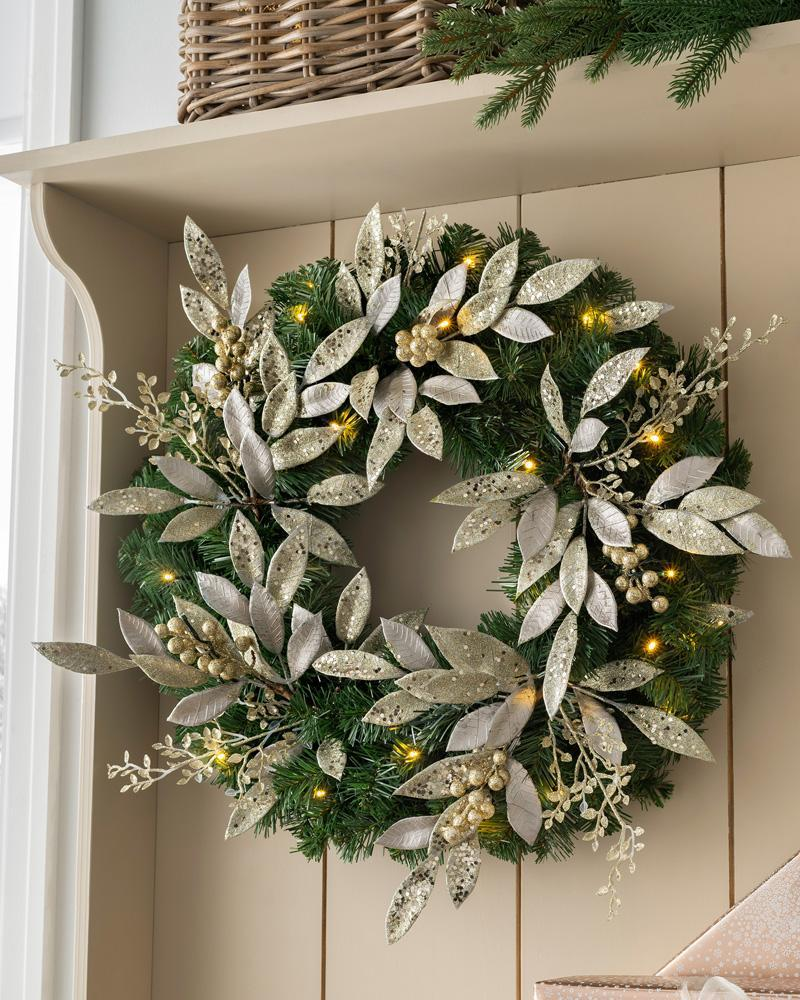 Pre-Lit Decorated Christmas Wreath with 35 Warm White LED Lights, Champagne, 60 cm