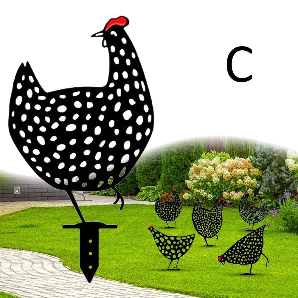 Metal Chicken Family - Decorate your garden in a unique way!