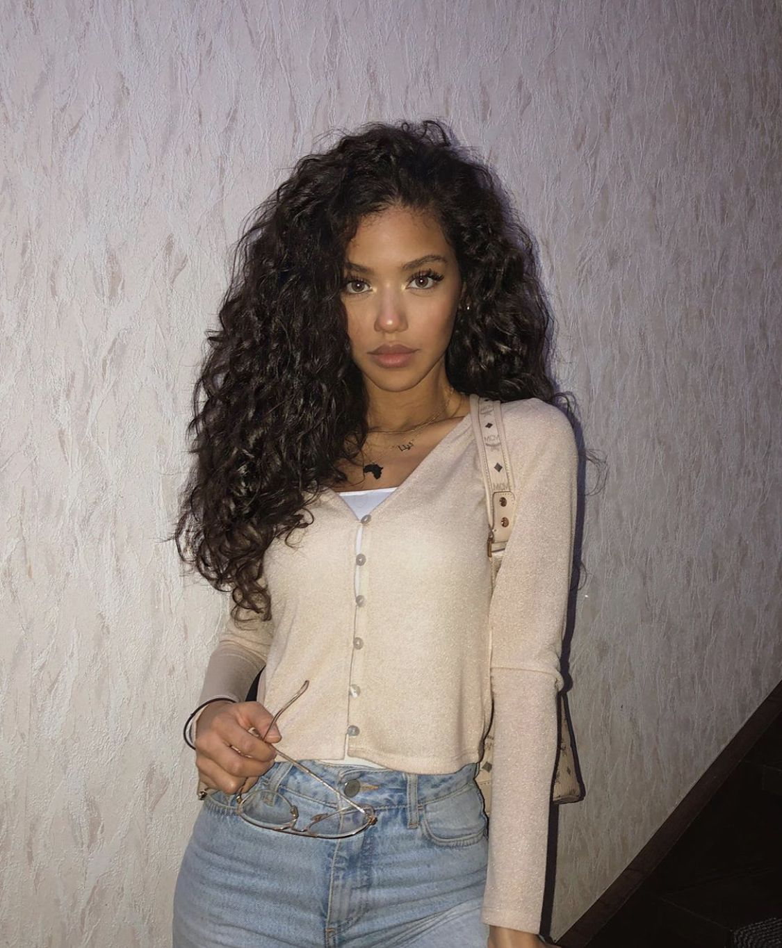 Black Wigs For Black Women Finger Wave Hairstyle Remy Wigs For African American Short Style Black Human Hair Wigs Beach Wave Lace Front Wig