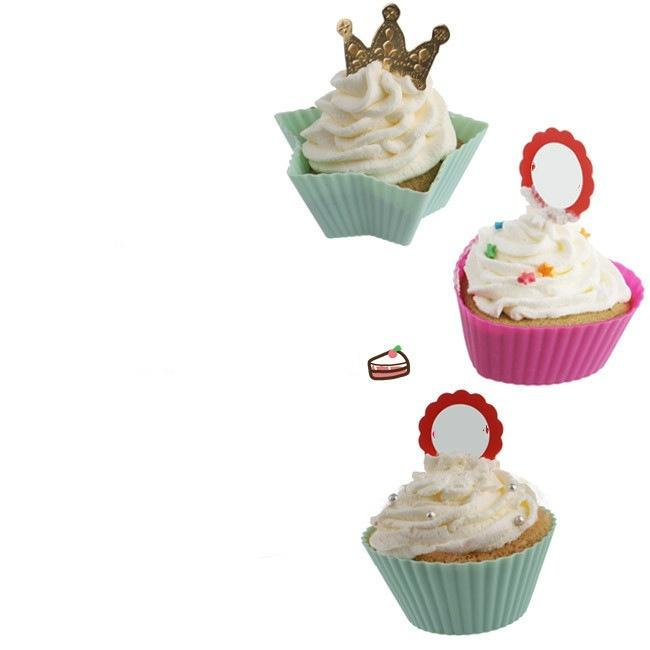 A set of two 7cm silicone muffin cup circular heart-shaped silica gel baking cake cup cake mould